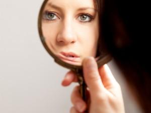 Transexual ante un espejo, Vital Body Face